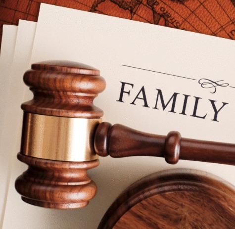 Divorce & Family Lawyer - Cominos family lawyer Sydney