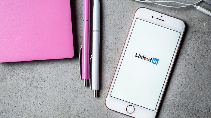 How to identify your competitors on LinkedIn